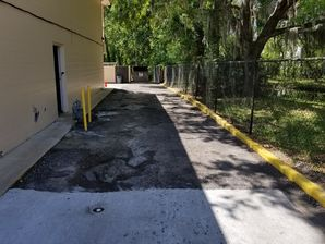 Before & After Paving in Jacksonville, FL at the Airport Motor Inn (1)