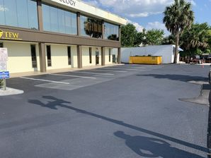 Sealcoating Parking Lot in Downtown Jacksonville (2)
