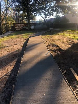Before & After Concrete Sidewalks in Jacksonville, FL (5)