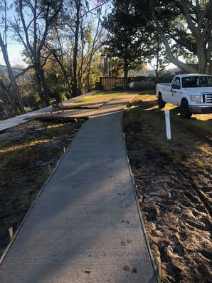 Before & After Concrete Sidewalks in Jacksonville, FL (4)
