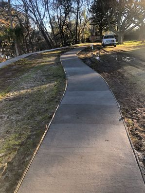 Before & After Concrete Sidewalks in Jacksonville, FL (6)