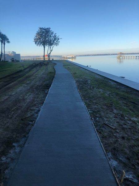 Before & After Concrete Sidewalks in Jacksonville, FL (7)
